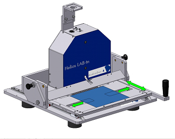 A solar wafer can be shifted left and right and the whole table can be moved forth and back. This allows quick positioning to every measurement position on a 6 inch solar wafer.